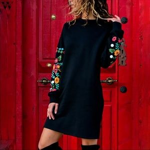 Dresses & Skirts - ARRIVED🎉 Embroidered Fall Long Sleeve Black Dress
